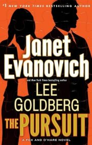 The Pursuit by Janet Evanovich book cover